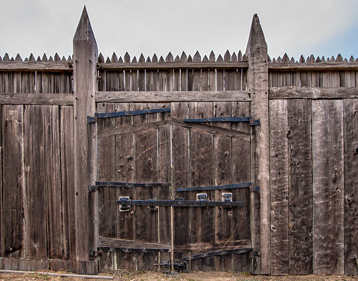 Gate wooden fort